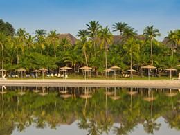 Le Club Med Cap Skirring s'alanguit au coeur d'une cocoteraie