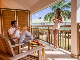 Copieux petit déjeuner sur votre balcon au Club Med
