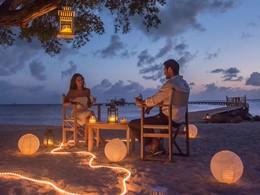 Dîner romantique les pieds dans le sable au Club Med