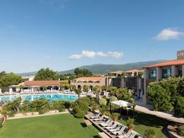 Vue du Club Med Opio en Provence, situé dans un cadre préservé