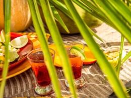 Rafraichissez vous au Zen Bar du Club Med Phuket