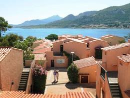 Le Club Med Sant'Ambroggio est doté d'un site naturel exceptionnel