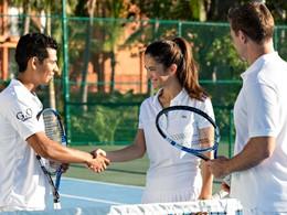 Le court de tennis du Club Med Turquoise