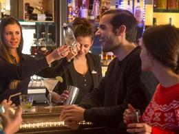 Le bar principal du Club Med Val d'Isère en France