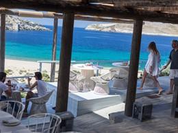 Le restaurant du Coco-Mat Eco Residences en Grèce