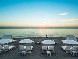 Laissez-vous emporter par ce paysage sublime de bord de mer.
