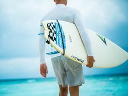 Les férus de surf qui pourront s'adonner à leur passion