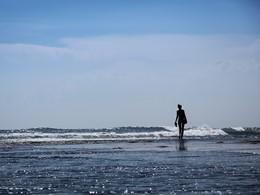 Balade sur la plage du COMO Uma Canggu