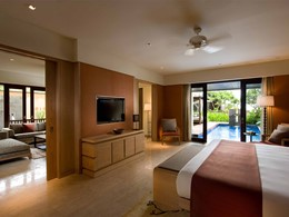 Conrad Pool Suite