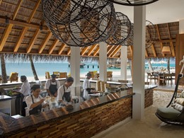 Restaurant Uffa by Jereme Leung