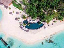 La piscine et la plage