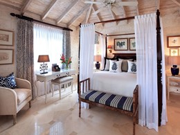 Luxury Plantation Suite