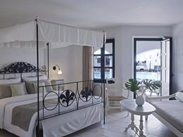 Deluxe Front Pool de l'hôtel Creta Maris en Grèce
