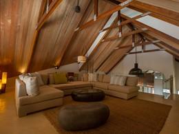 Le salon de la villa Deckenia à Praslin