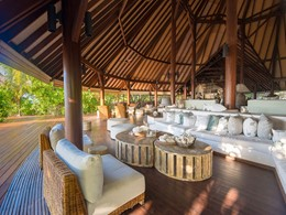 Le lounge du Denis Private Island aux Seychelles