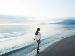 Balade sur la plage du Domes Miramare à Corfou