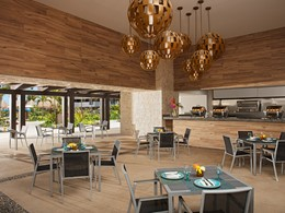 Le restaurant Tides du Dreams Playa Mujeres au Mexique