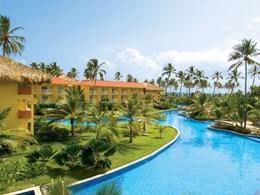 La piscine de l'hôtel, immense et impressionnante