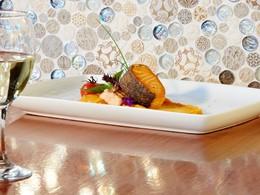 Dégustez des spécialités gastronomiques aux saveurs locales avec des touches internationales