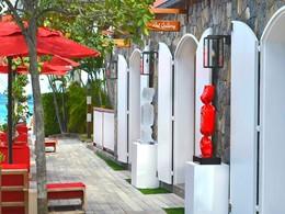 Vue de la gallerie d'art de l'hôtel Eden Rock