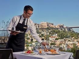 Copieux petit déjeuner face à l'Acropole