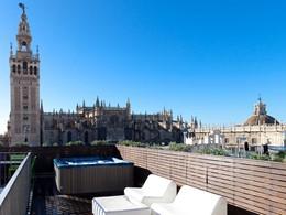Panorama imprenable sur la ville de Séville depuis le EME Catedral