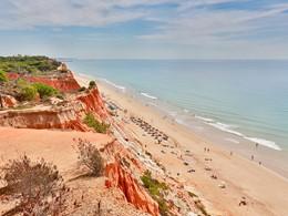 Profitez de la superbe plage d'Albufeira