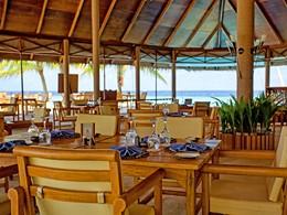 Sunset Restaurant de l'hôtel Filitheyo aux Maldives