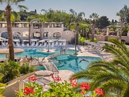 Vue sur la piscine Oasis