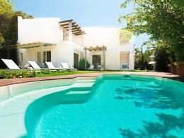 La piscine de la Villa Bea