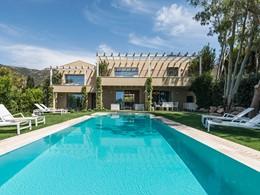 La superbe piscine de la Villa Margherita