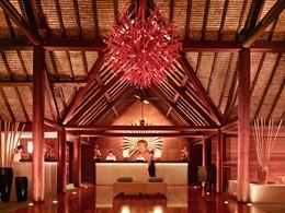 Le lobby du Four Seasons Resort Bora Bora en Polynésie