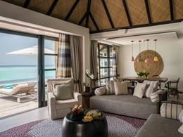 Three-Bedroom Water Suite with Pool du Four Seasons
