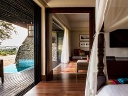 La piscine d'une chambre