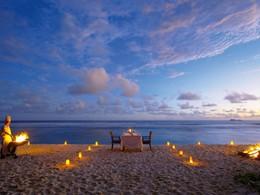 Dîner romantique sur la plage du Fregate Island