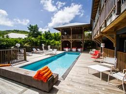 La piscine du French Coco, sur la côte Atlantique de la Martinique