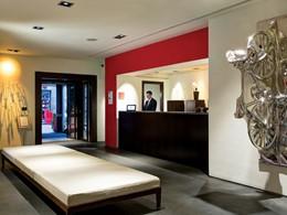 Le lobby du Gallery Hotel Art situé à Florence