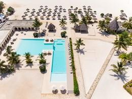 Un établissement posé sur la plage