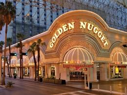Vue du Golden Nugget, l'un des plus anciens hôtel-casinos de Las Vegas
