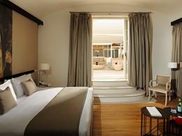 Redlevel Emperor Penthouse Master Suite Terrace du Gran Melia Villa Agrippina