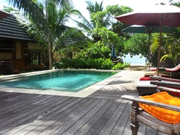 La piscine du Green Lodge, une adresse de charme à Moorea