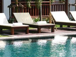 Autre vue de la piscine de l'hôtel Green Park Boutique situé au Laos