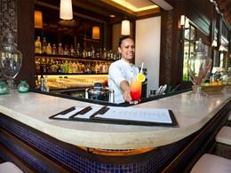 1502 Bar du H Resort Beau Vallon Beach à Mahé