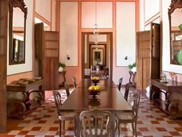 Le lobby de l'Hacienda Santa Rosa situé au Mexique