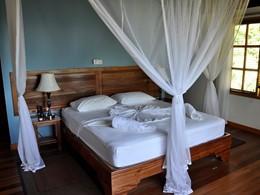 Two Bedroom Villa de l'Heliconia Grove