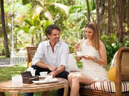 Dégustez un thé dans le jardin verdoyant