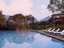 Piscine de l'hôtel Heritance Kandalama au Sri Lanka