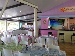 Le bar du restaurant Hibiscus de l'hôtel Hibiscus