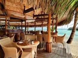 Le Rotui Bar Grill de l'hôtel Hilton Moorea en Polynésie