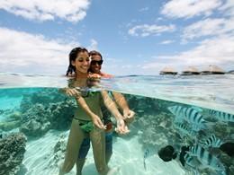 Nagez parmi les poissons à l'hôtel Hilton Resort and Spa situé à Moorea